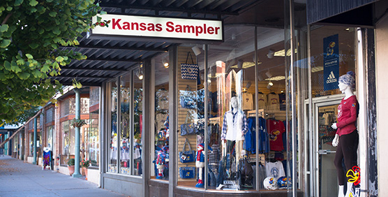 Clothing stores in lawrence ks