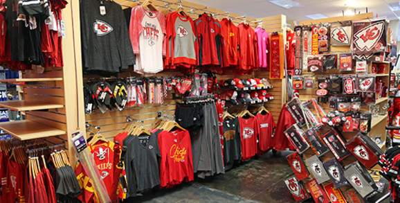 Kansas City Chiefs Womens Apparel and Gear