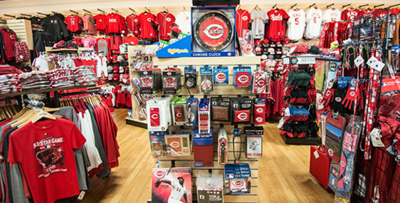 Cincinnati Reds Apparel and Gear