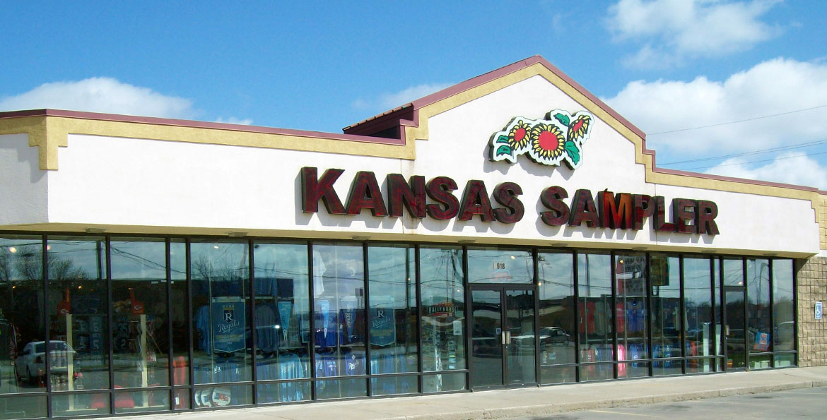Clothing stores in topeka ks