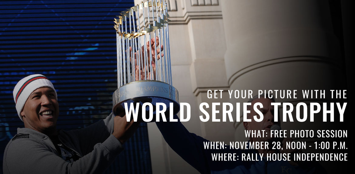 Free photo session with the 2015 World Series Trophy