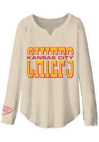 Kansas City Chiefs Womens Junk Food Clothing Sunday T-Shirt - Oatmeal