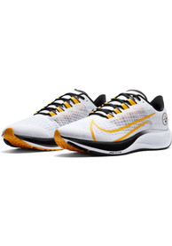 Pittsburgh Steelers Pegasus 37 Shoes - Yellow