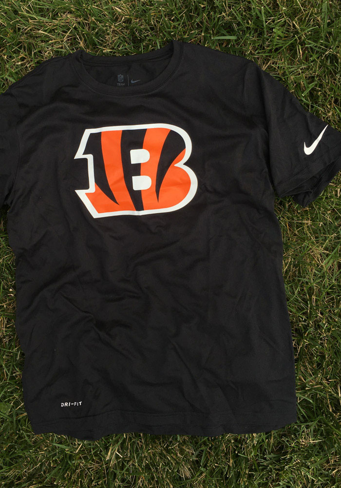 Nike Cincinnati Bengals Black Logo Essential 3 Short Sleeve T Shirt - Image 3