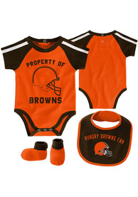Cleveland Browns Baby Tackle One Piece with Bib - Orange