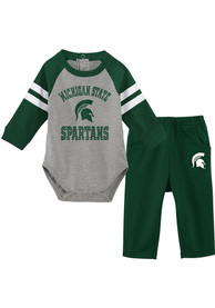 Michigan State Spartans Infant Touchdown Top and Bottom - Green