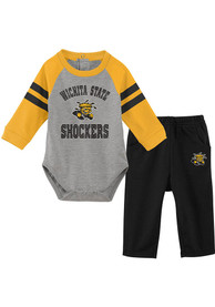 Wichita State Shockers Infant Touchdown Top and Bottom - Black