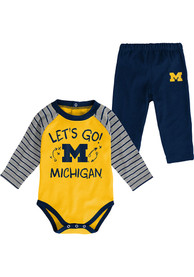 Michigan Wolverines Infant Touchdown Top and Bottom - Navy Blue