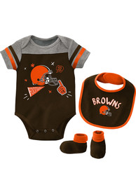 Cleveland Browns Baby Tackle One Piece with Bib - Brown
