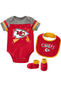 Kansas City Chiefs Baby Tackle One Piece with Bib - Red
