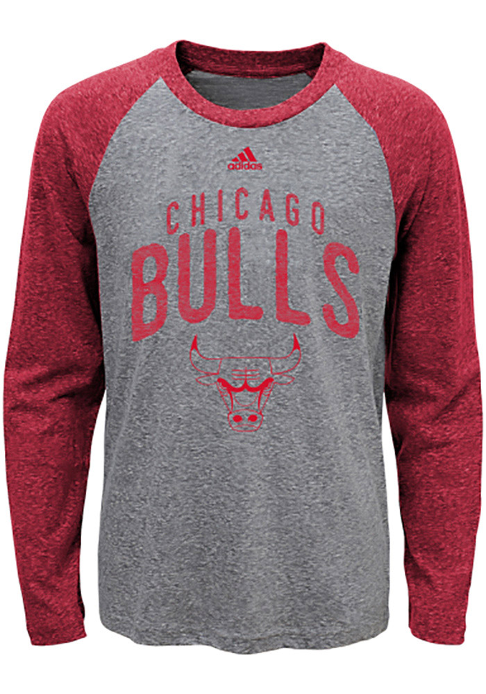 Chicago Bulls Youth Red Pedigree Long Sleeve Fashion T-Shirt - Image 1
