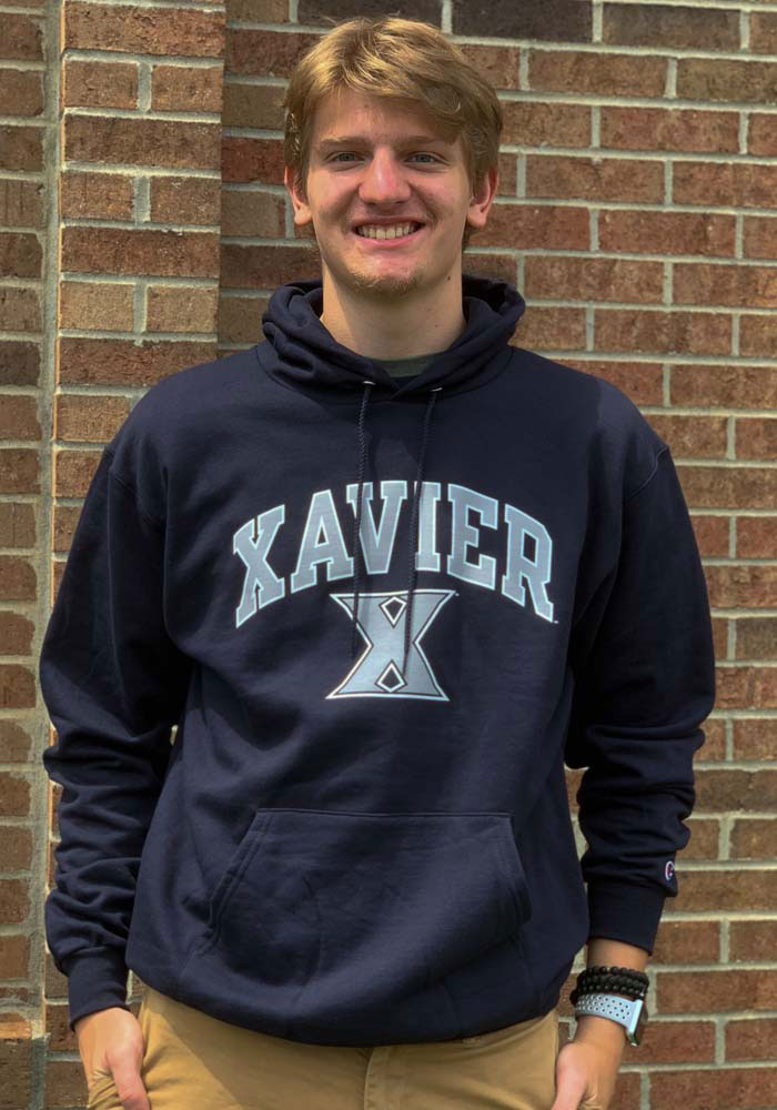 Champion Xavier Musketeers Mens Navy Blue Arch Mascot Long Sleeve Hoodie - Image 2