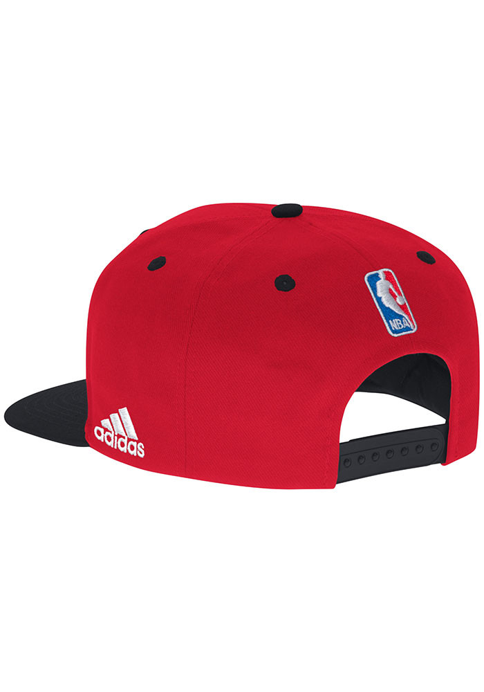 Adidas Chicago Bulls Red 2016 On Court Mens Snapback Hat - Image 2