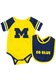 Michigan Wolverines Baby Colosseum Roll Out One Piece with Bib - Yellow
