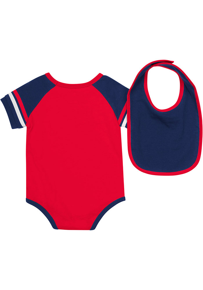 Colosseum Dayton Flyers Baby Red Roll-Out Set One Piece with Bib - Image 2