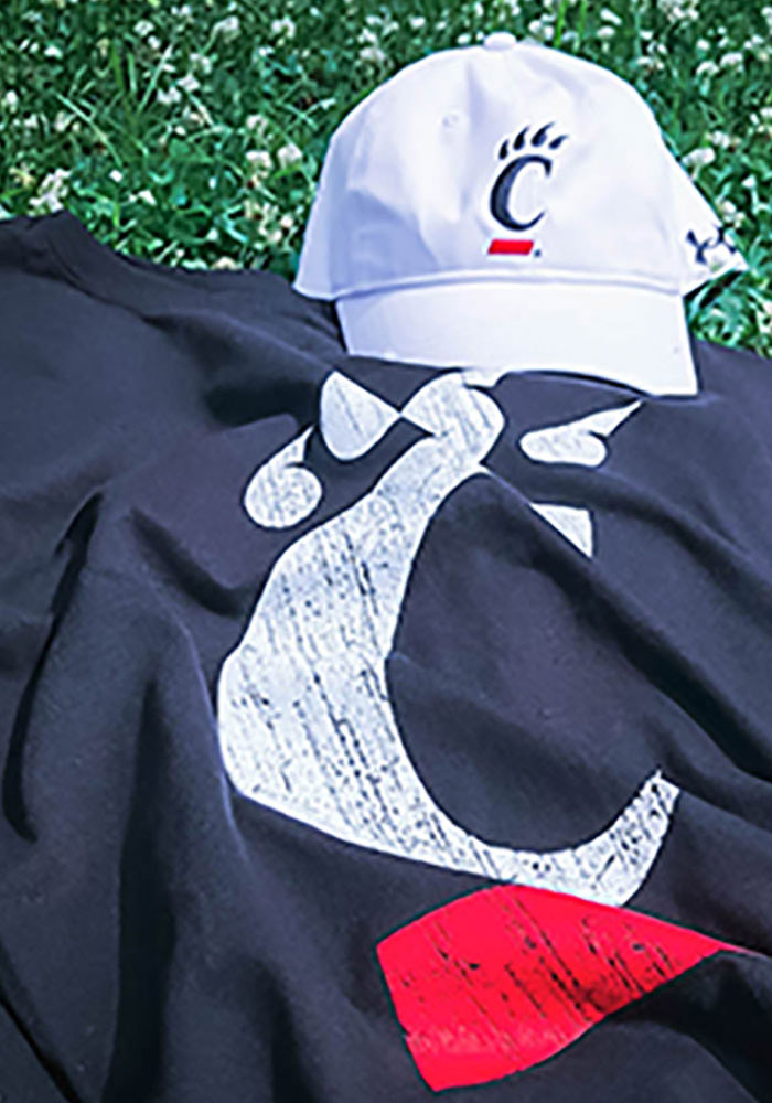 Cincinnati Bearcats Black Logo Short Sleeve T Shirt - Image 2