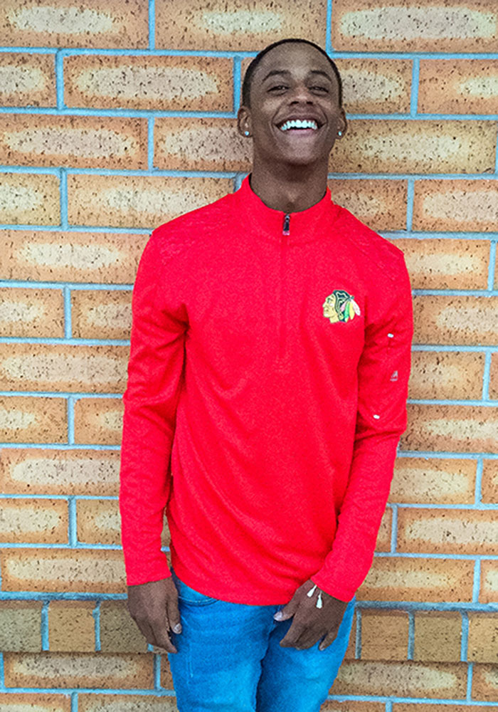 Majestic Chicago Blackhawks Mens Red Ultra Streak Long Sleeve 1/4 Zip Pullover - Image 4