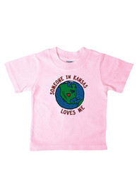 Kansas Infant Pink Someone in Kansas Loves Me Short Sleeve T Shirt