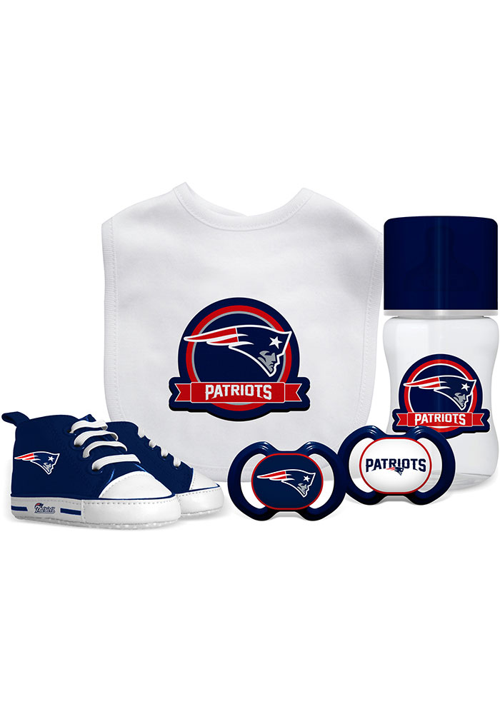 New England Patriots 5-Piece Baby Baby Gift Set - Image 1