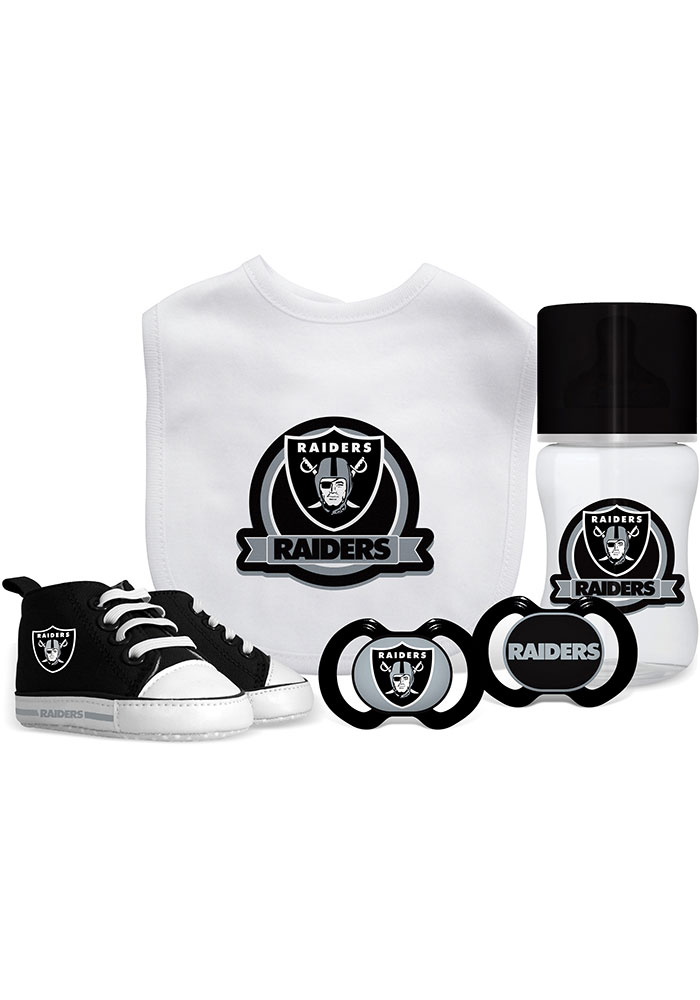 Oakland Raiders 5-Piece Baby Baby Gift Set - Image 1