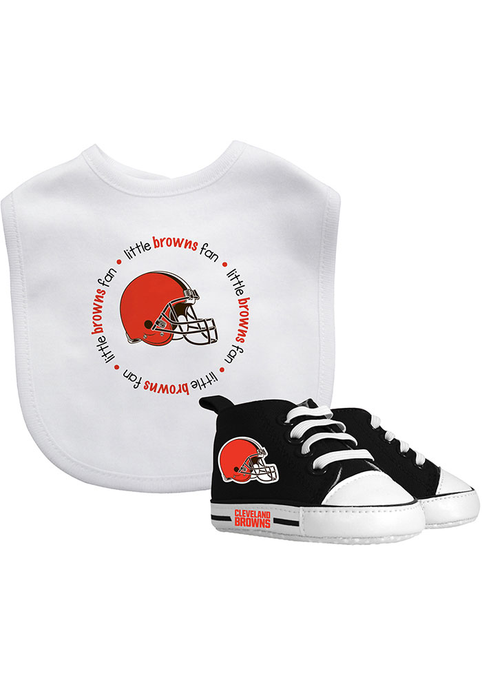 Cleveland Browns Bib with Pre-Walker Baby Gift Set - Image 1