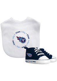 newest 09d47 04ad7 Tennessee Titans Bib with Pre-Walker Gift Set