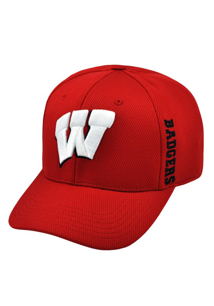 Top of the World Wisconsin Badgers Mens Red Booster Flex Hat - Image 1