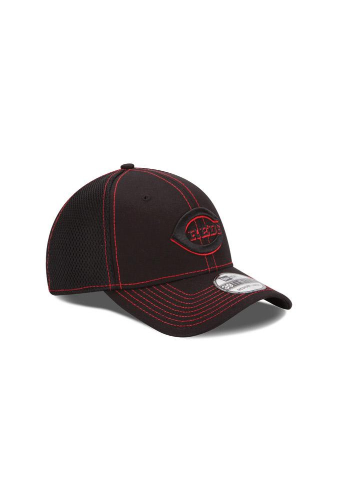 New Era Cincinnati Reds Mens Black Neo 3930 Flex Hat - Image 3