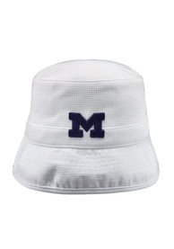Michigan Wolverines Top of the World Backswing Flex Hat - White