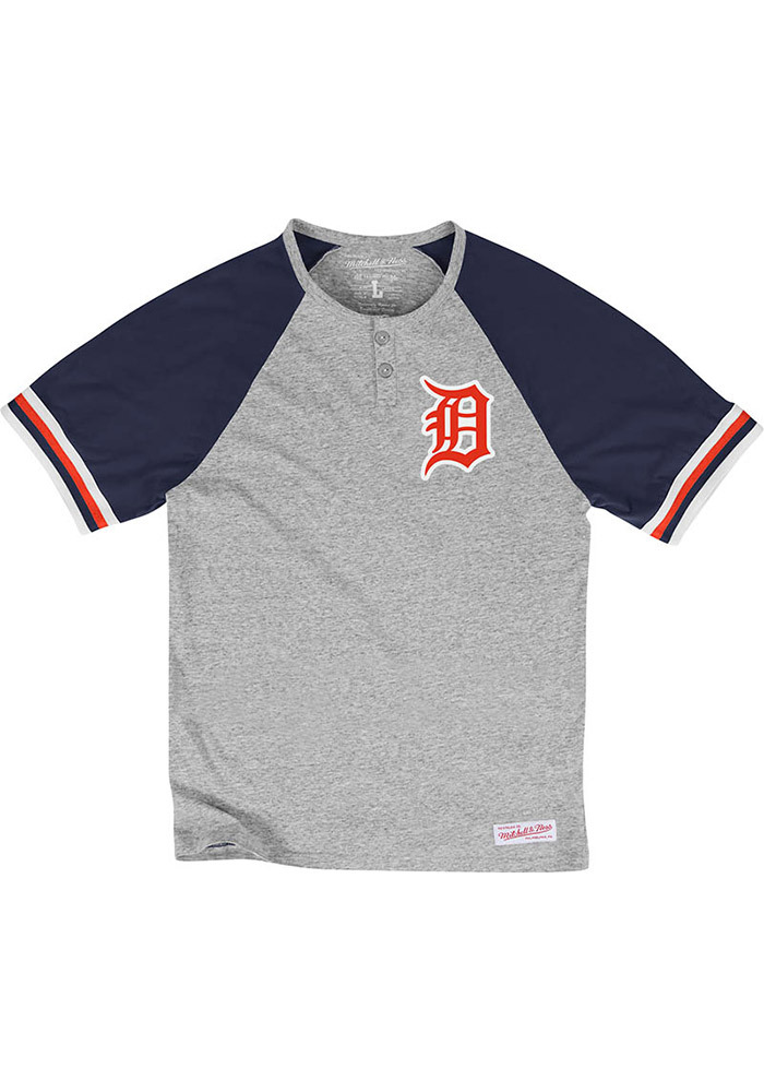 Mitchell and Ness Detroit Tigers Mens Grey Visiting Team Short Sleeve Fashion T Shirt - Image 1