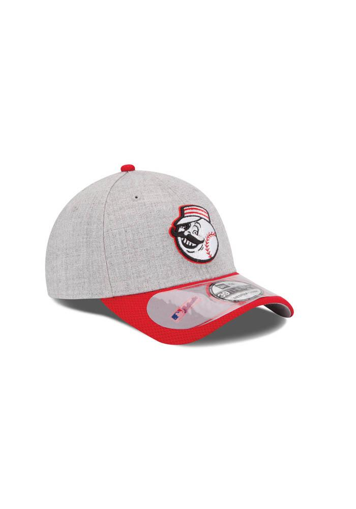 Cincinnati Reds Grey Clubhouse 39THIRTY Youth Flex Hat - Image 3