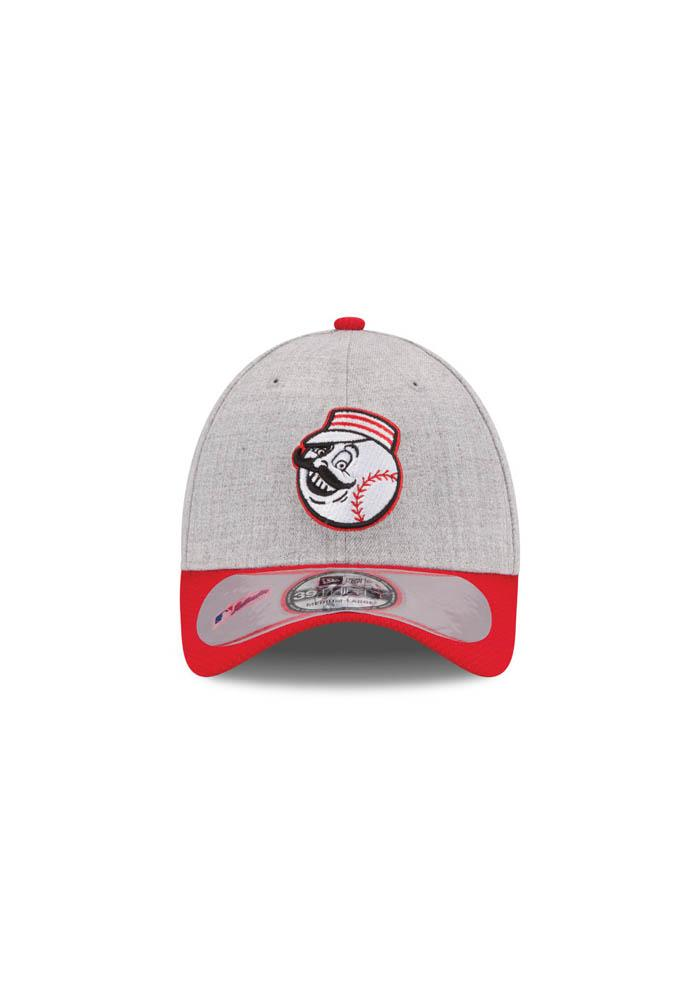Cincinnati Reds Grey Clubhouse 39THIRTY Youth Flex Hat - Image 4
