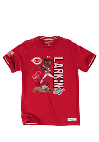 Barry Larkin Cincinnati Reds Red Caricature Player Fashion Player Tee