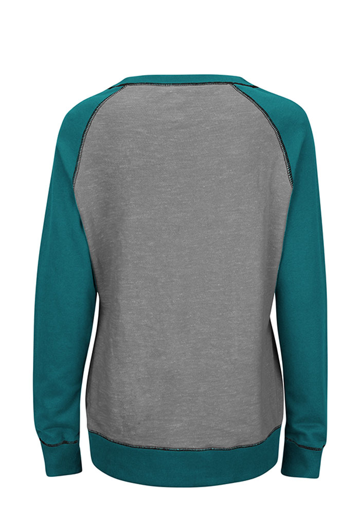 Philadelphia Eagles Womens Grey O.T. Queen Long Sleeve Plus Size T-Shirt - Image 2