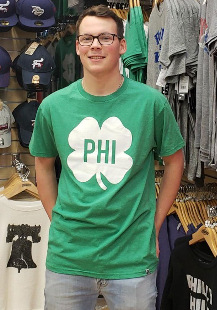 Rally Philadelphia Green Shamrock Initials Short Sleeve Fashion T Shirt - Image 2