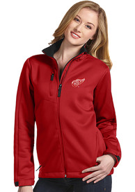 Detroit Red Wings Womens Antigua Traverse Medium Weight Jacket - Red