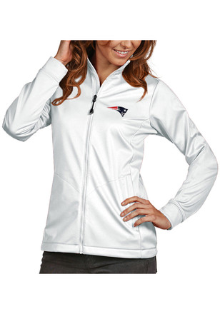 ... reputable site 8adfb e3dbd Antigua New England Patriots Womens Golf  White Heavy Weight Jacket ... b808c1456