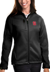NC State Wolfpack Womens Antigua Traverse Medium Weight Jacket - Black