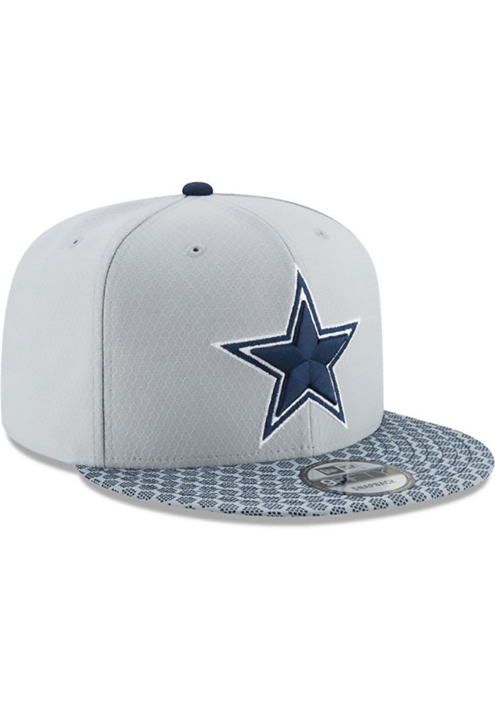 the best attitude d4f08 ecc41 Dallas Cowboys Grey 2017 Sideline 59FIFTY Fitted Hat