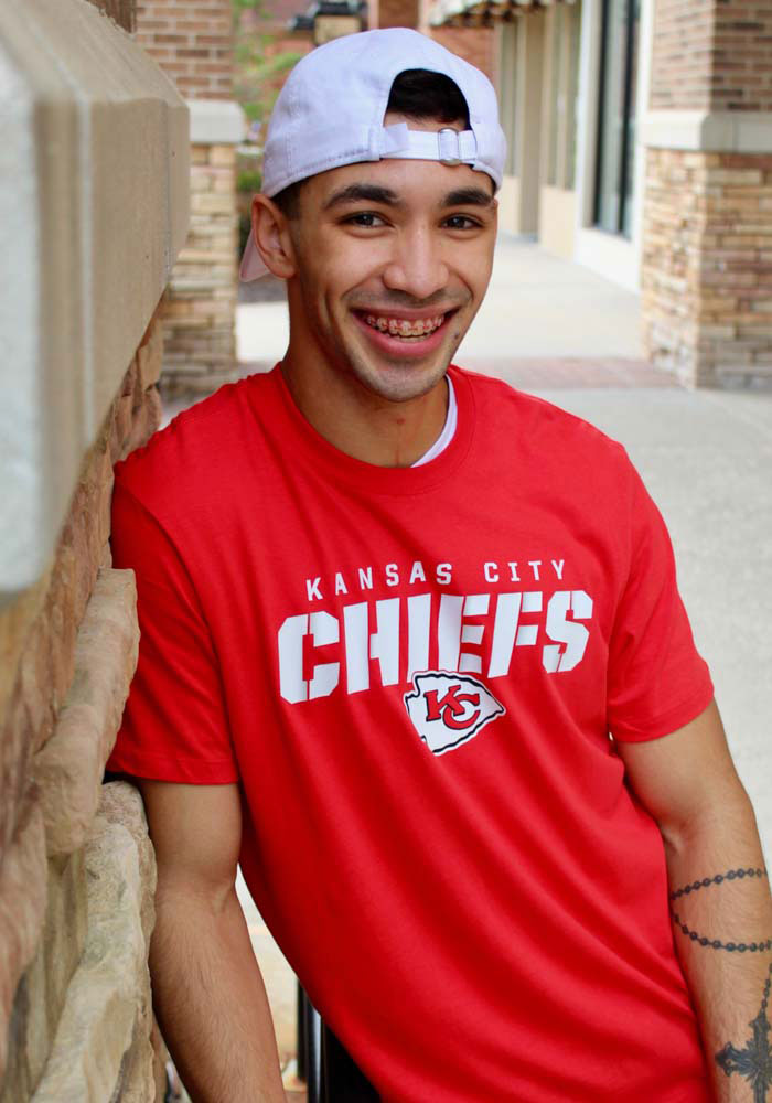 47 Kansas City Chiefs Red Traction Short Sleeve T Shirt - Image 3