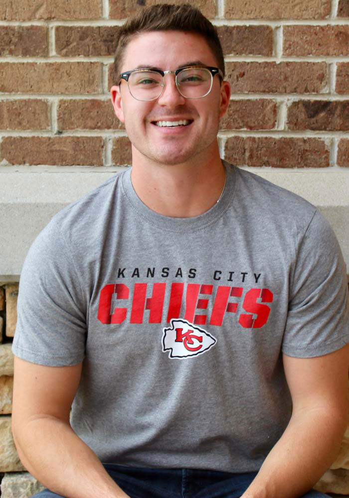 47 Kansas City Chiefs Grey Traction Short Sleeve T Shirt - Image 3