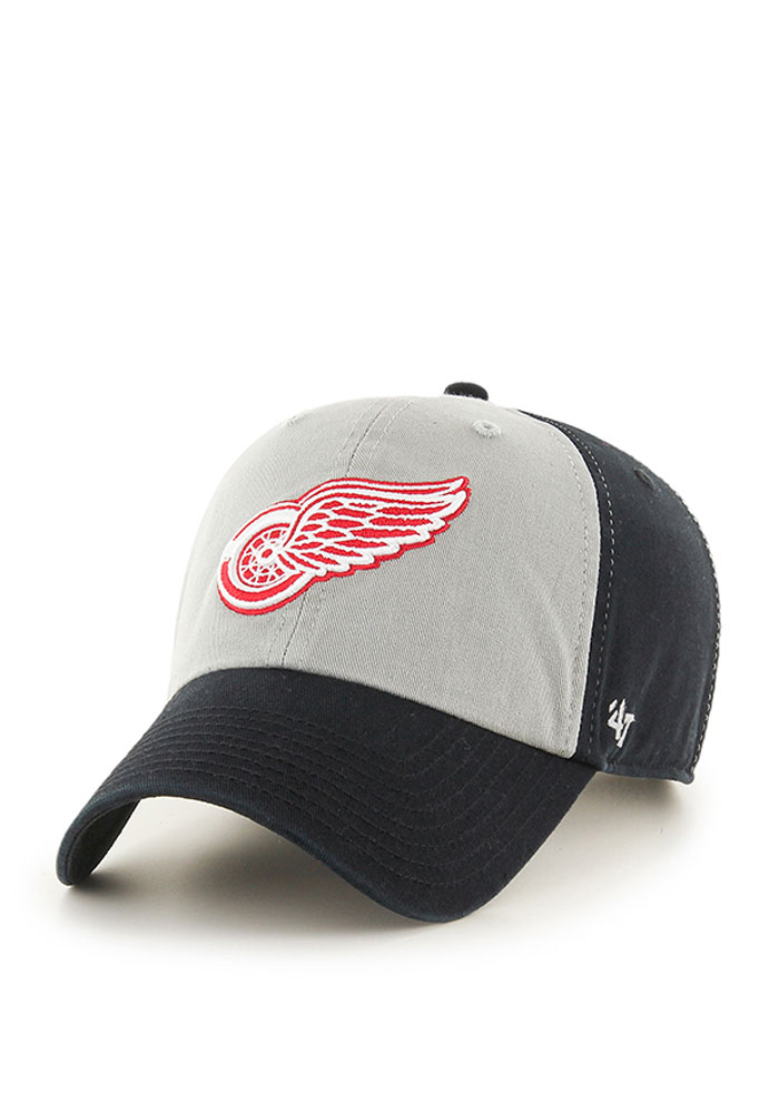 Detroit Red Wings 47 Sophomore Clean Up Adjustable Hat - Black