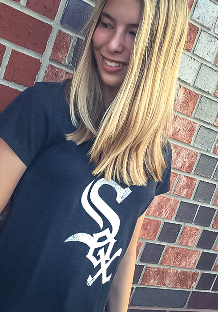 '47 Chicago White Sox Womens Black Knockaround Club Scoop T-Shirt - Image 2