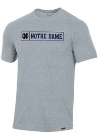 Notre Dame Fighting Irish Under Armour Pinnacle T Shirt - Grey