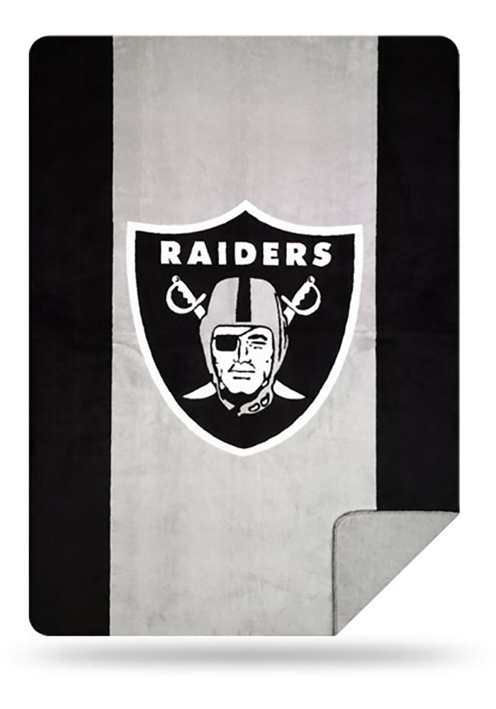 Oakland Raiders 60x72 Silver Knit Throw Blanket - Image 1