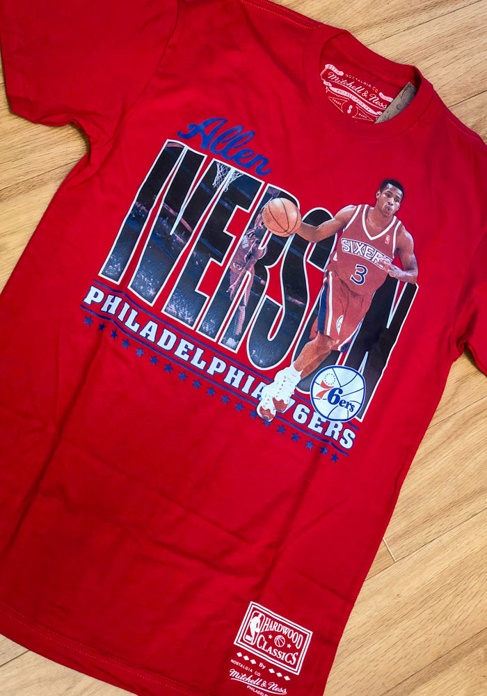 low priced c77e0 116ca Allen Iverson Philadelphia 76ers Red Player II Traditional Short Sleeve  Fashion Player T Shirt