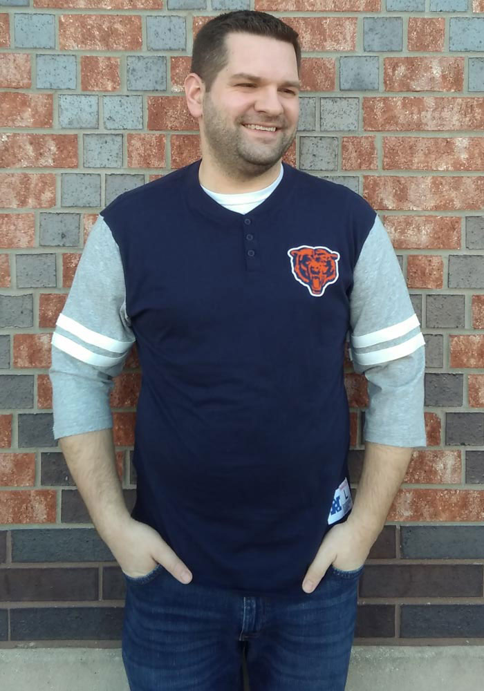Mitchell and Ness Chicago Bears Navy Blue Team Henley Long Sleeve Fashion T Shirt - Image 3