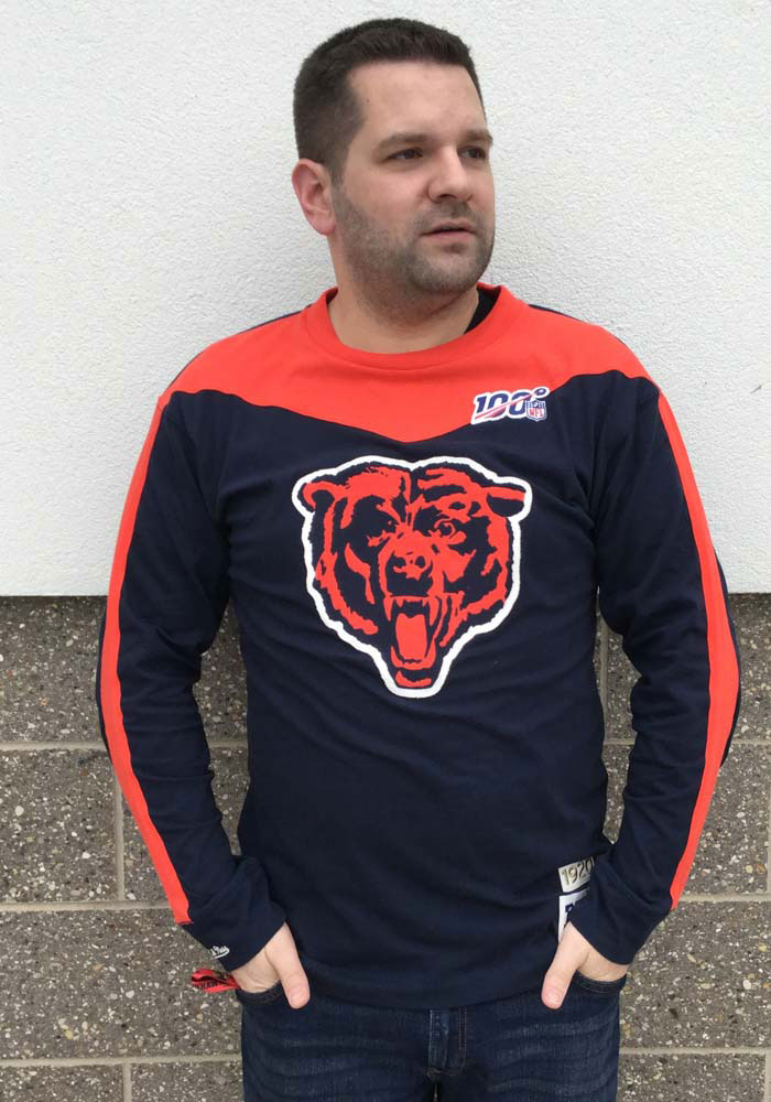 Mitchell and Ness Chicago Bears Navy Blue Team Inspired Long Sleeve Fashion T Shirt - Image 3