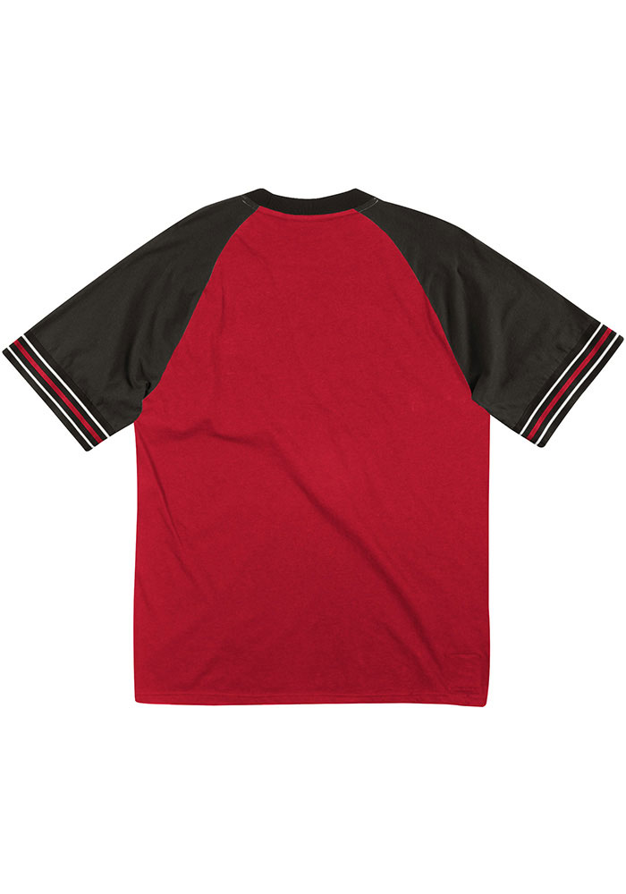Mitchell and Ness Kansas City Chiefs Red Team Captain Short Sleeve Fashion T Shirt - Image 2