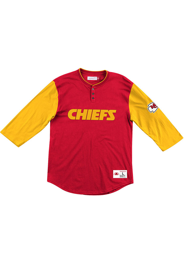 Mitchell and Ness Kansas City Chiefs Red Franchise Player Long Sleeve Fashion T Shirt - Image 1